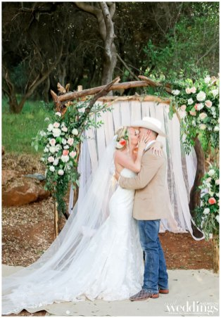 Artistic-Photography-by-Tami-Sacramento-Real-Weddings-Magazine-Kayla-Nicholas_0006