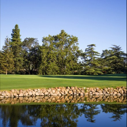El Macero Country Club-Sacramento Tahoe Davis Wedding Venue-Mid-Century-Modern-Golf-Course-Real-Weddings-Magazine