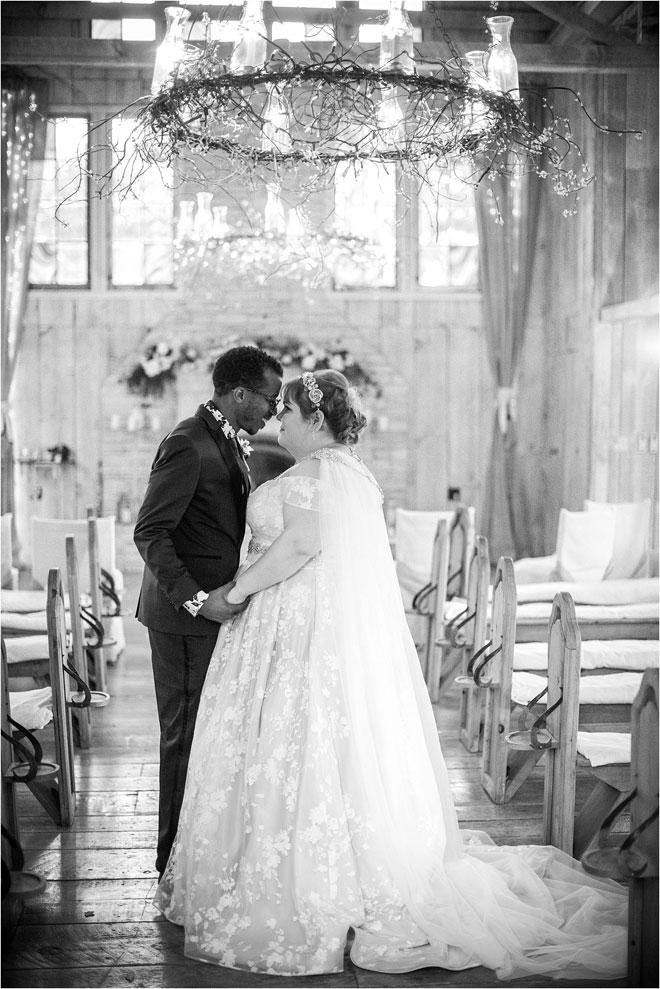 Свадьба в Union Hill Inn от Эрики Болдуин Фотография Келли и Джонатана Веселая причудливая свадьба