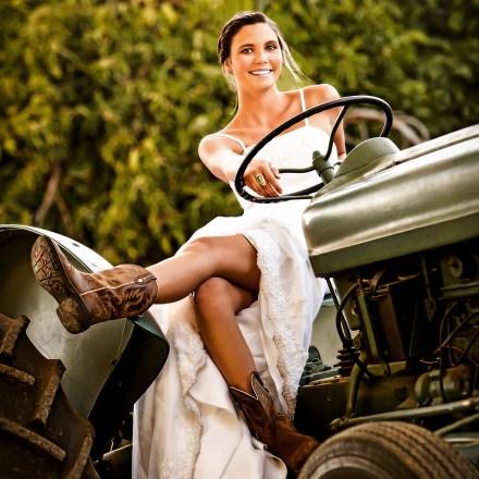 Woodland Sacramento Rustic Farm Barn Wedding Venue