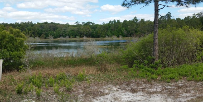 Putnam LT small lake access point (Medium)