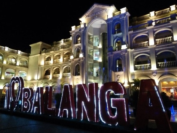 Galleria Victoria at Plaza Balanga
