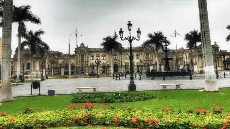 Fun places to go with kids. Lima Peru View of Palace