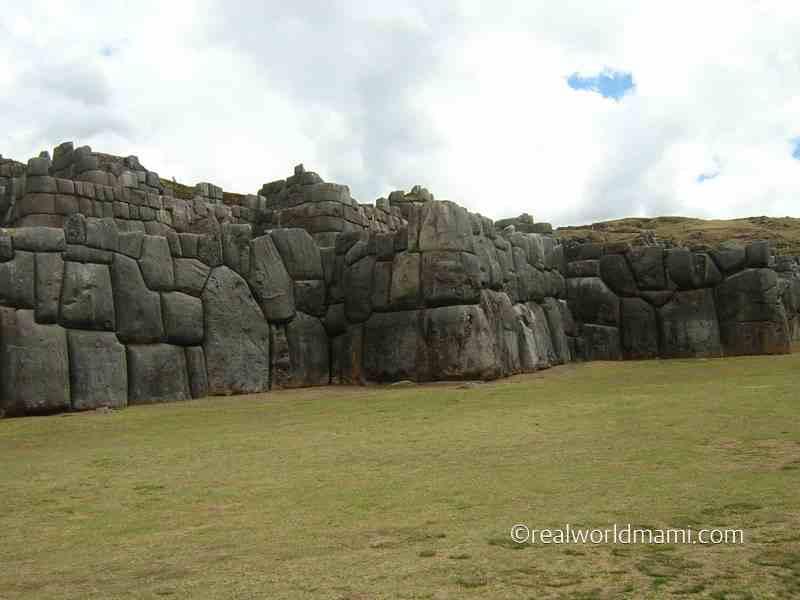 Travel with kids to Sacsayhuaman Peru