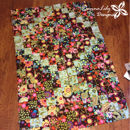 Scrappy Trip Along by Bonnie Hunter | Jen Eskridge | ReannaLily Designs