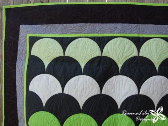 Lime Green Clamshell Quilt | Jen Eskridge | ReannaLily Designs | The Quilted Clamshell | Spoonflower Fabric