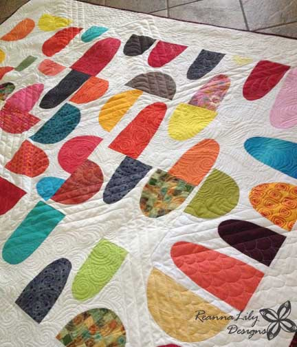 Rex Ray Inspired Quilt Block by San Antonio Modern Quilt Guild | Quilted by Jen Eskridge | ReannaLily Quilts