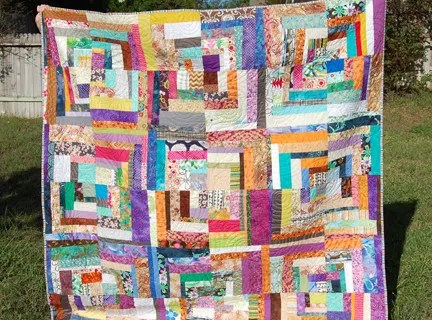 Christmas Quilt – Quarter Square Log Cabin Scrap Quilt