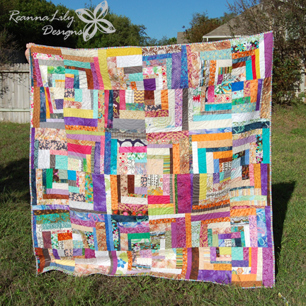 Scrappy Quarter Square Log Cabin | Jen Eskridge | Scrap Quilt | ReannaLily Designs