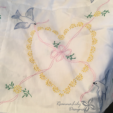 Hand Embroidered Quilt   Finished by ReannaLily Quilts   Jen Eskridge   Customer Quilt