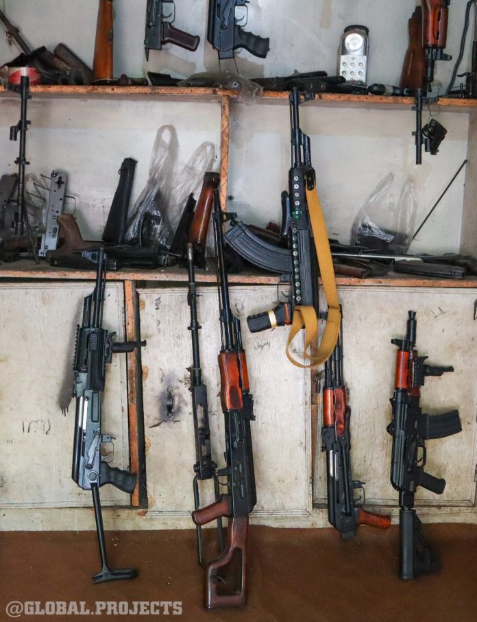 Extreme tourism in the gun markets of Pakistan