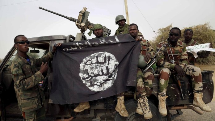 Nigerian Soldier Fights a Boko Haram Militant in Hand to Hand Combat
