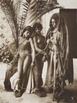 السبي والعبودية كانت حاضرة في المجتمعات الإسلامية إلى وقت قريب