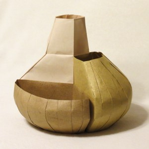 Three-part vase