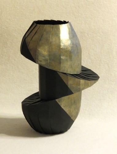 Double Diagonal Shift Vase 3