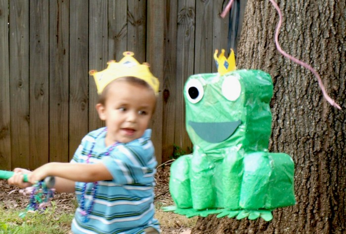 Princess and the Frog Crown Tutorial