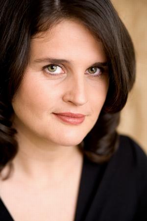 Rebecca Cantrell author photograph