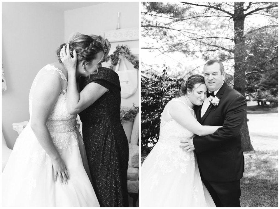 Bride with mom and dad. Virginia Wedding.