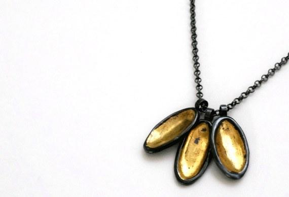 Petal Necklace 2