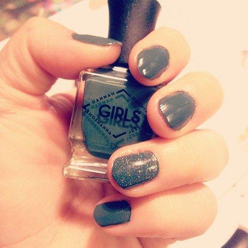 Hannah Horvath Nails