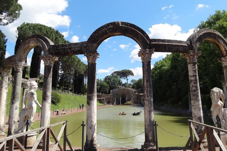 2011 05 16 - Tivoli -Hadrian's Villa - the Canopus