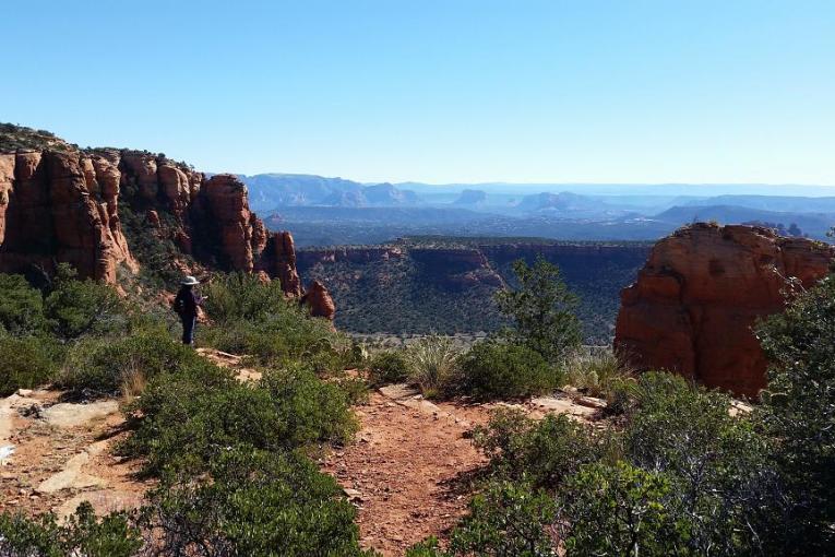 Bear Mountain Trail above Doe Mesa