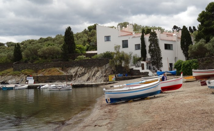 Photo Series: Casa Dali in Portlligat
