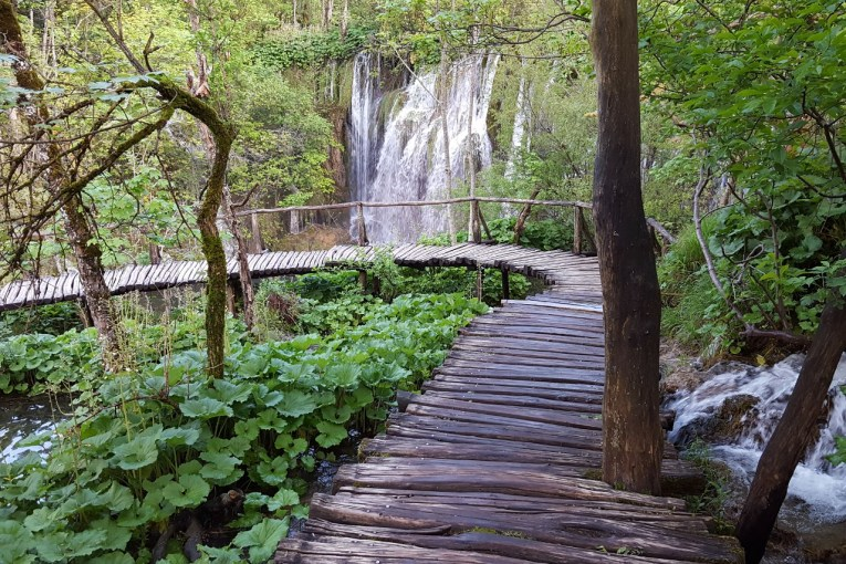 Plitvice enchanting wooden walkways