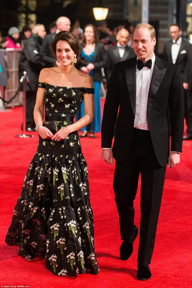 3D21B2F400000578-4217596-Last_to_arrive_The_Duke_and_Duchess_of_Cambridge_were_the_specia-a-72_1486927098774.jpg