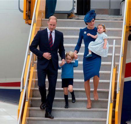 Duke-and-Duchess-of-Cambridge.jpg