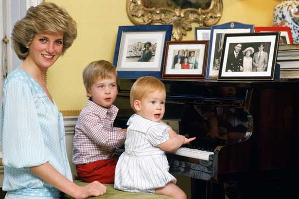 diana-princess-of-wales-with-her-sons-prince-william-and-prince-harry-at-the-piano-in-kensington-palace.jpg