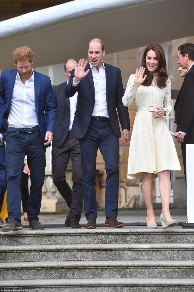 40466FB100000578-4502856-The_Duke_and_Duchess_of_Cambridge_and_Prince_Harry_hosting_a_Buc-a-1_1494699237376.jpg