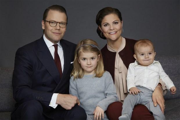 Kronprinsessfamiljen_Foto_Anna_Lena_Ahlström_Kungahuset.se_