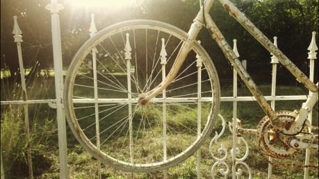 salado-bike-fence-4