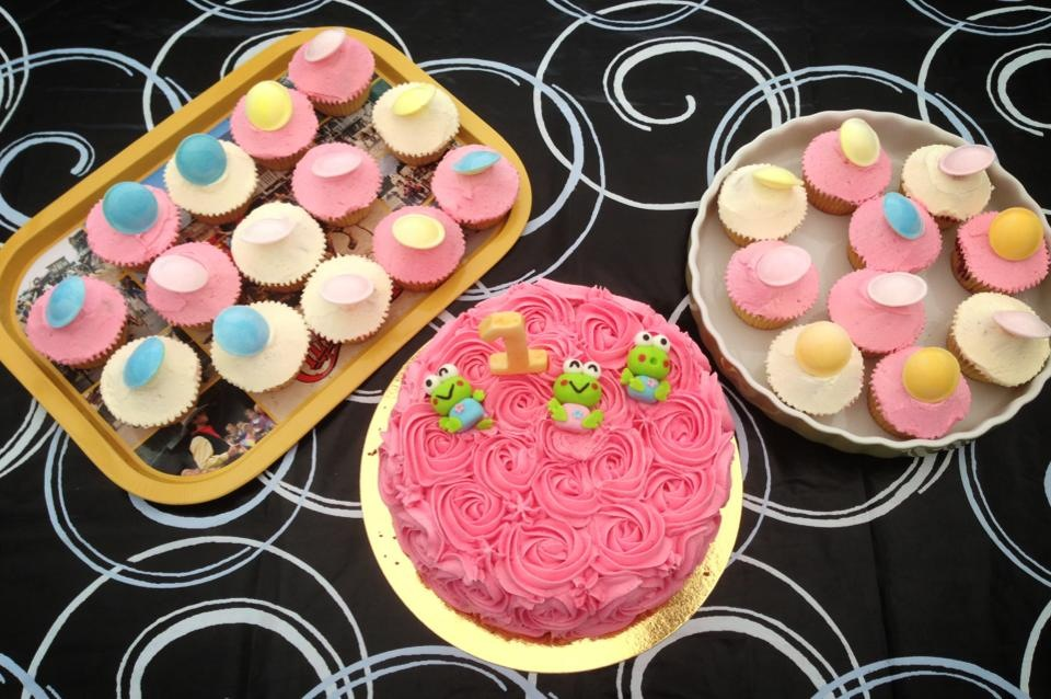 Födelsedagstårtor & Cupcakes Till Elina (3/3)