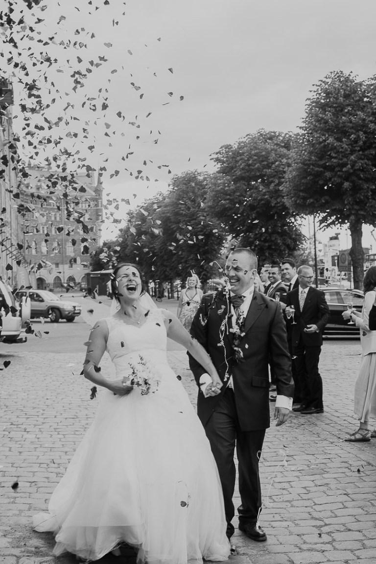 bröllop-stockholm-kyrkligvigsel-bröllopsporträtt-bröllopsfest-skyddsrummet-