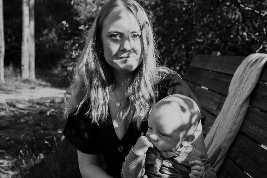 Motherhood, porträttfotograf, fotograf enköping