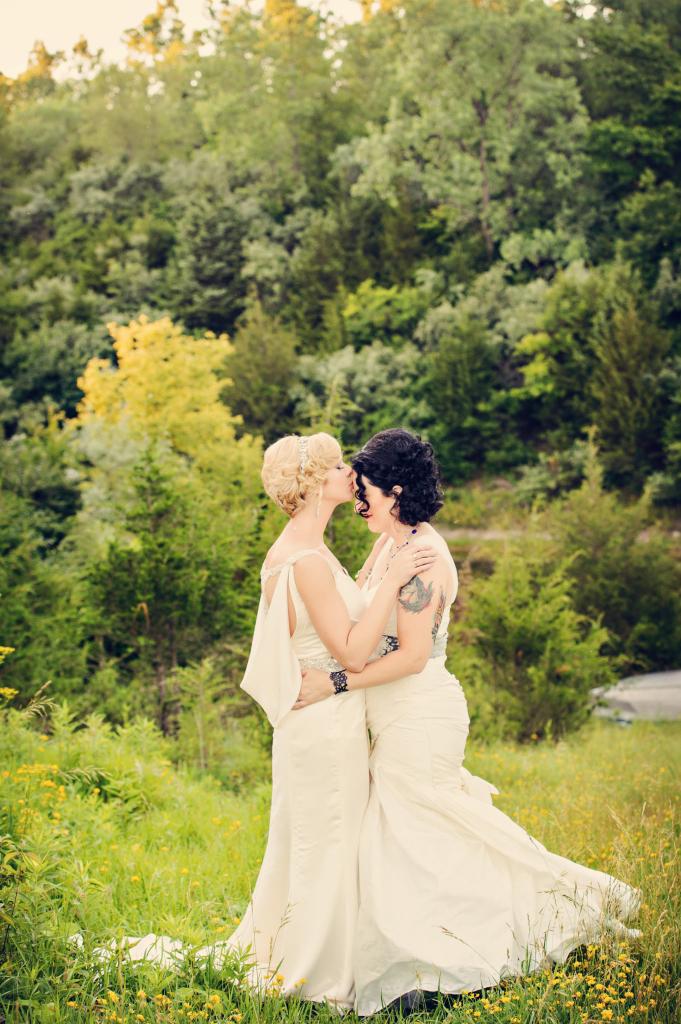 View More: http://karakamienskiphotography.pass.us/gordon-sandberg-wedding