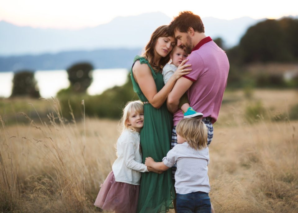 family photographer Elena Blair