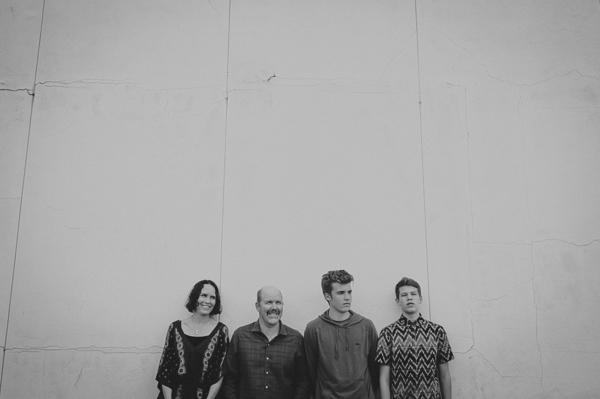 rebellouise_stringer family_blog-15