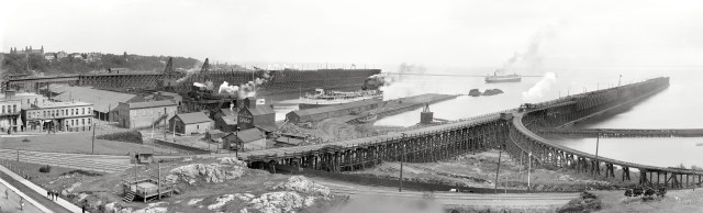 SHORPY_Marquette_Harbor_Panorama