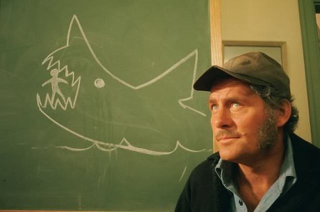 jaws-movie-robert-shaw-quint-chalboard-drawing-shark