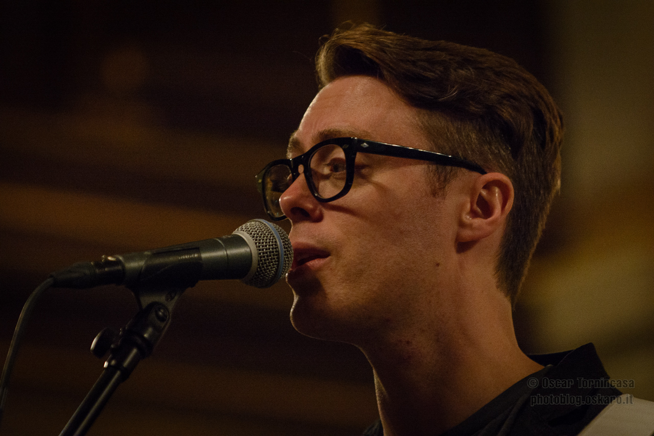 Live Review: Jeremy Messersmith @ St Giles-in-the-Fields in London