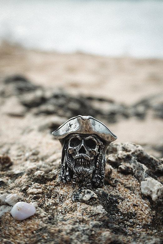 handmade skull rings - handcarved skull rings