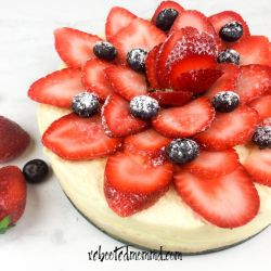 Instant Pot® Cheesecake with Fresh Berries