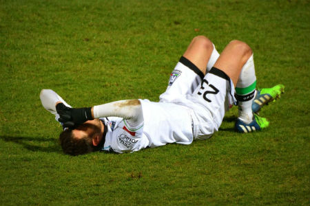 Hamstring injury during football game, use physiotherapy to prevent injury