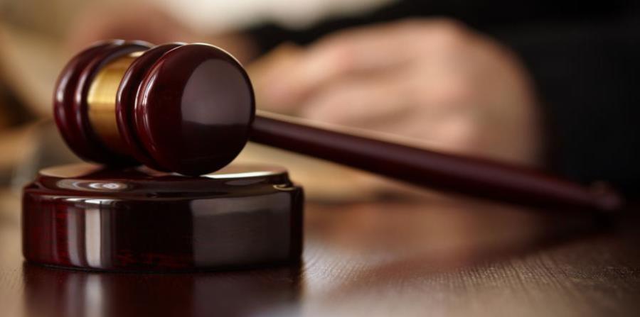 Causa para arresto contra agente de la policía por alegado abuso sexual (horizontal-x3)