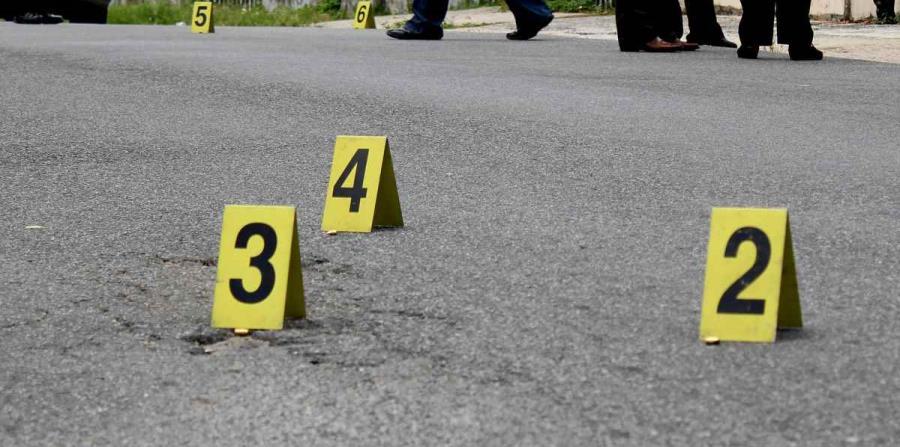 el occiso presentaba varios impactos de bala en diferentes partes del cuerpo. (horizontal-x3)