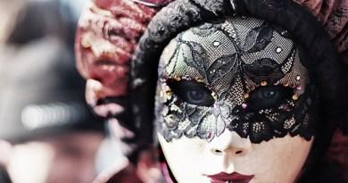 Seja o que você é sem máscara