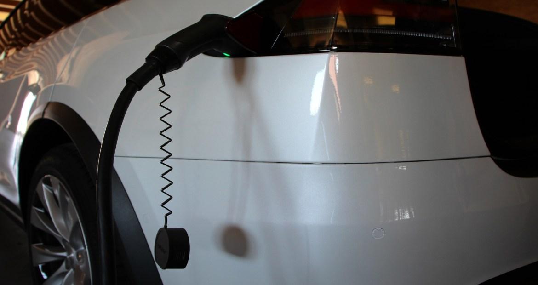 Cuidado con la peligrosa aceleración de los coche eléctricos1920